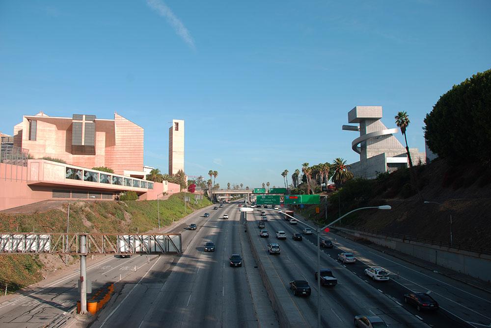 Típica carretera, LA