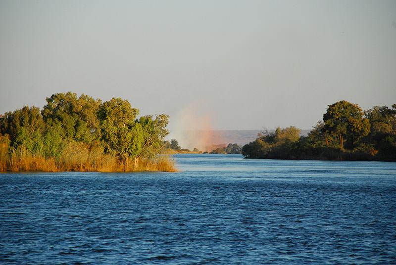 crucero rio zambebe