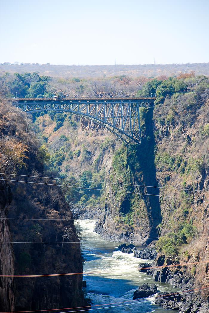 puente rio zambeze