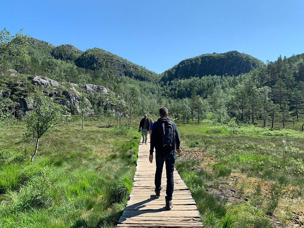 trekking pulpito noruega